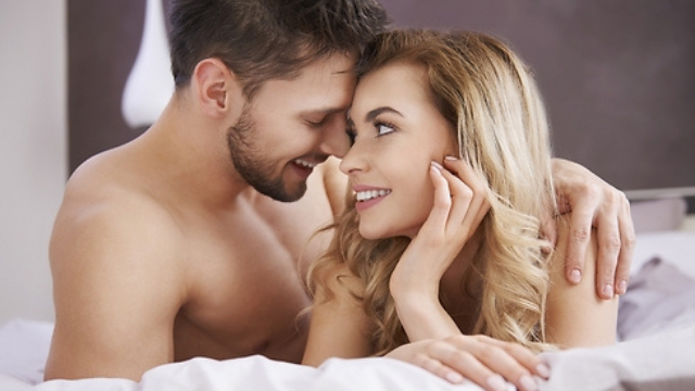 אחרי שהזוג התגרש, התברר מי שעבר להתגורר עם האישה הצעירה