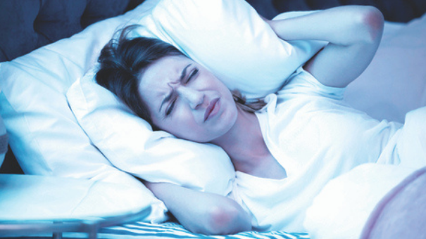 מרעישים בלילות