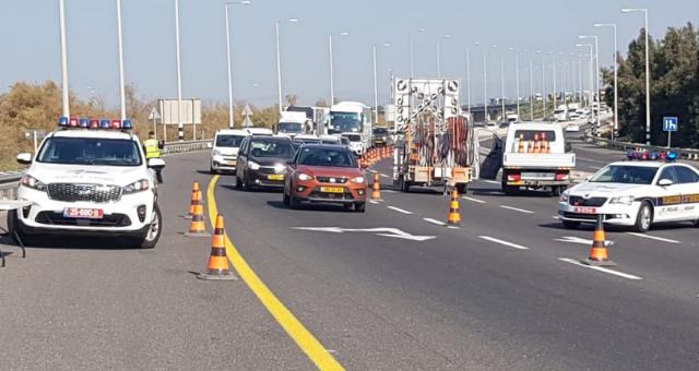 המחסום המשטרתי בעין המפרץ