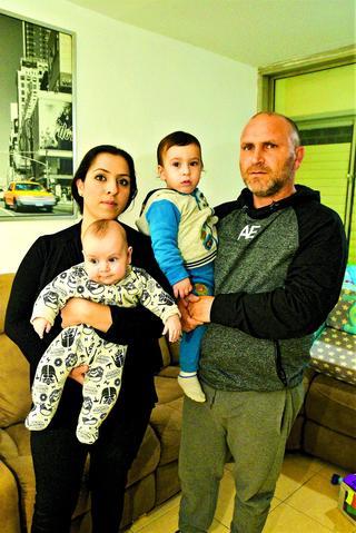 גבי קורן ומשפחתו | צילום: נחום סגל
