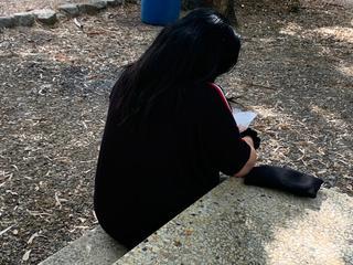 אמו של אחד הנערים שנעצרו בקפריסין